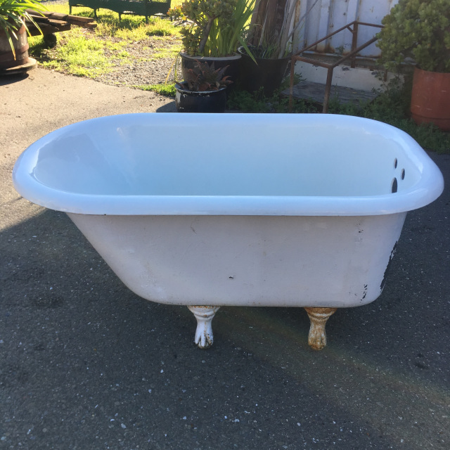 4 Ft Clawfoot Tub