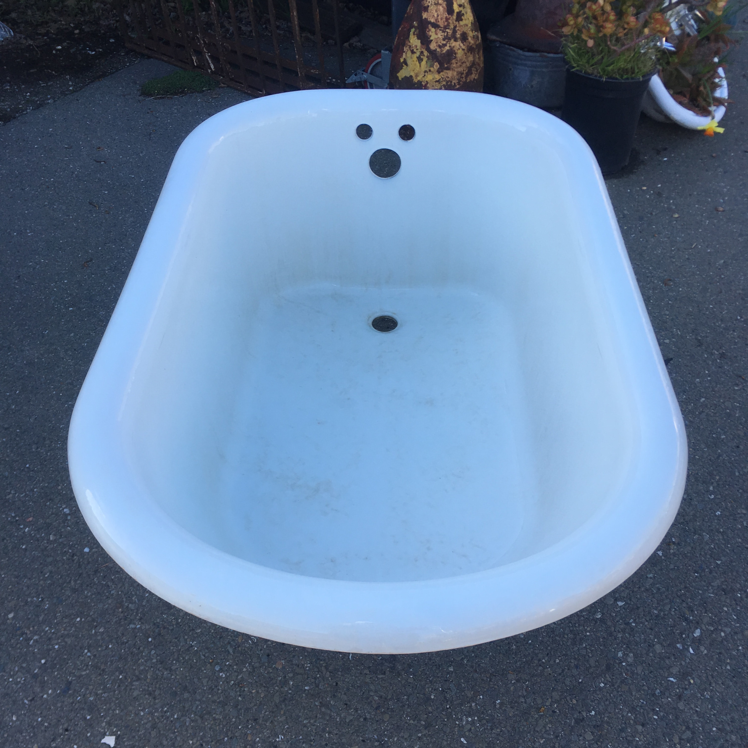 4\' Ft Clawfoot Tub