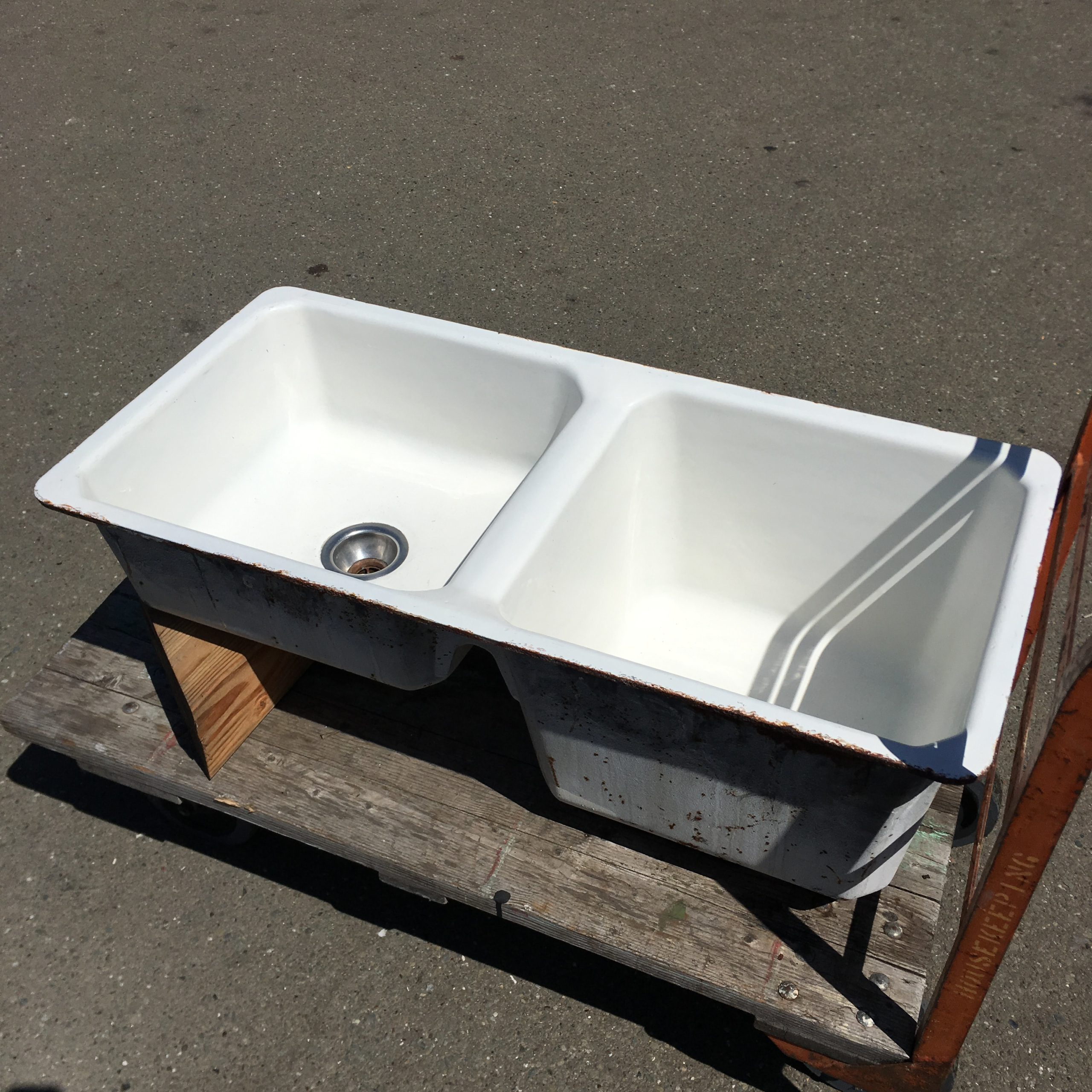 Cast Iron Amp Porcelain Deep Double Basin Kitchen Sink
